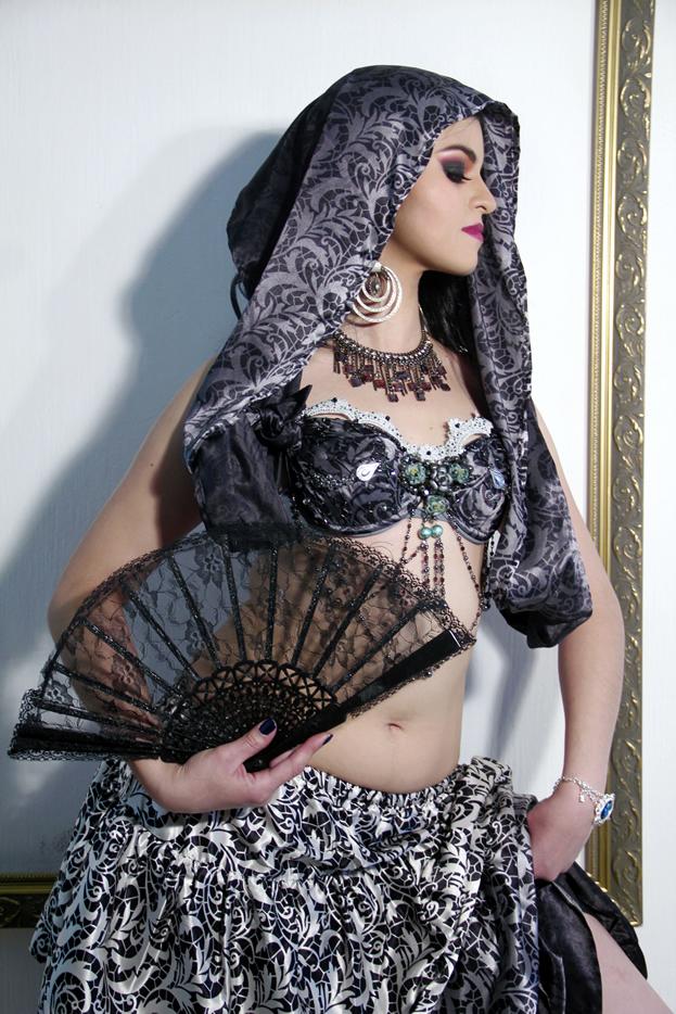 bailarina de danza arabe